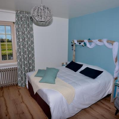 Suite Mont Saint Michel bed