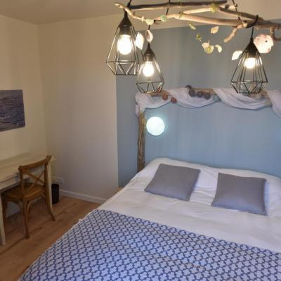 Room Chausey Bed